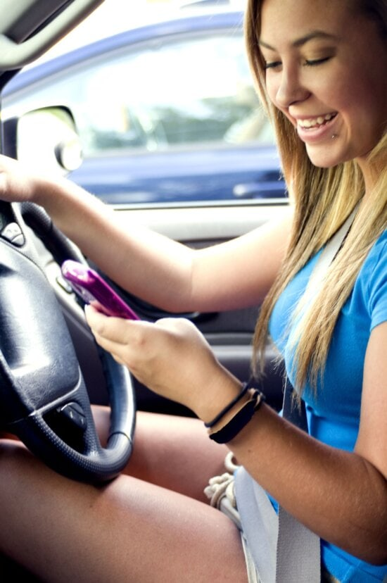 nice, teenage girl, driving, attempting, text, one, friends
