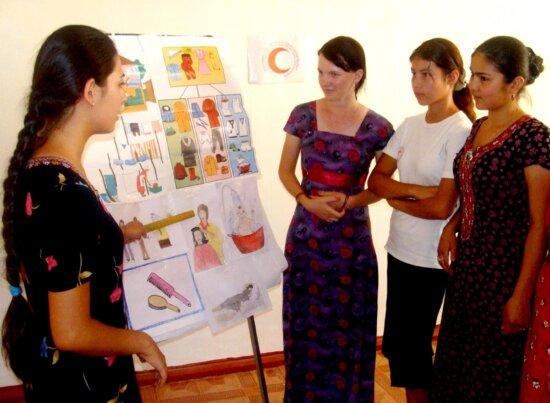 participantes, seminarios, comunidad, salud, Beyik, Turkmenbashy, recursos, el centro