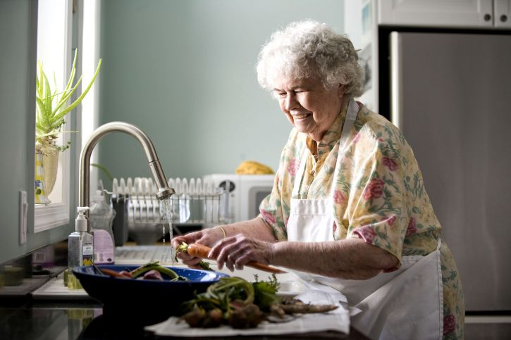 portrait, elderly, woman, kitchen, preparing, meal
