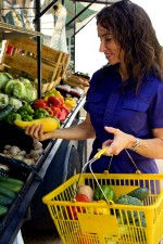 žene, tržište, svijetle žuto povrće, kupovina