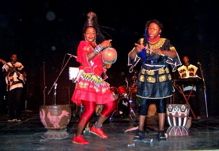 women, dancing, nightclub, stage, show