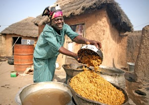 women, processing, rice, Ghana