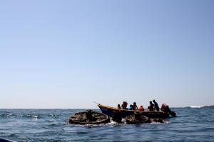 le film, l'équipage, obtient, de près, en contrebas, bateau, pacifique, océan