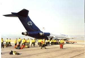 Feuerwehrmann, Crews, bereit, Brett, groß, Flugzeug, fliegen, Standort, Kampf, wildfires