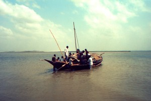 fishing boat, shallow, body, water, small, town, Bangla