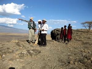 local, children, watch, volcanologist, scientists, discuss, Doinyo, Lengai, volcano, Tanzania