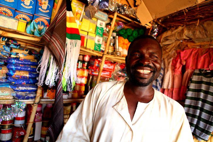 African American mann, butikk, Beida, Tsjad
