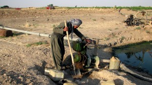 kurdish, agriculteur, revient, irriguer, ferme