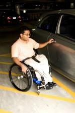 mann, parkert, bil, funksjonshemmede, spot