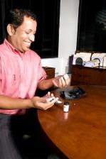 Člověče kontrola, krev, glukózy, úroveň