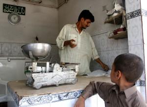 milk, shop, workers, Pakistan