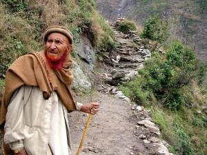 nouveau, sentier, agriculteur, Koray, village, Pakistans, nord Battagram, district