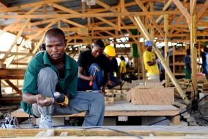 Vorbereitung, Obdach, Materialien, Arbeiter, bereiten, Materialien, Übergangs-, Unterstände