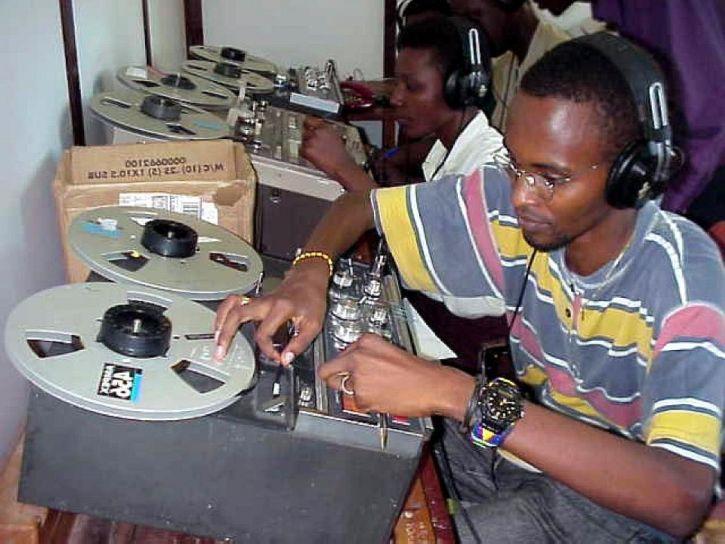 radio, tehnicieni, care lucrează