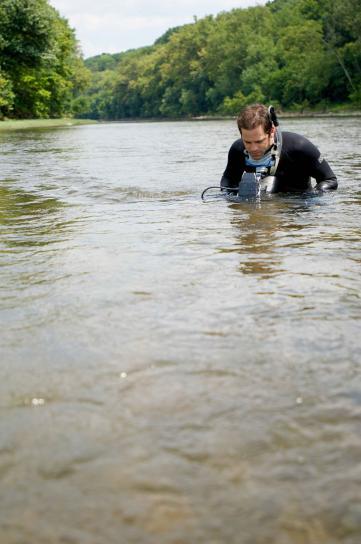 videographer, specially, designed, equipment, obtain, underwater, footage