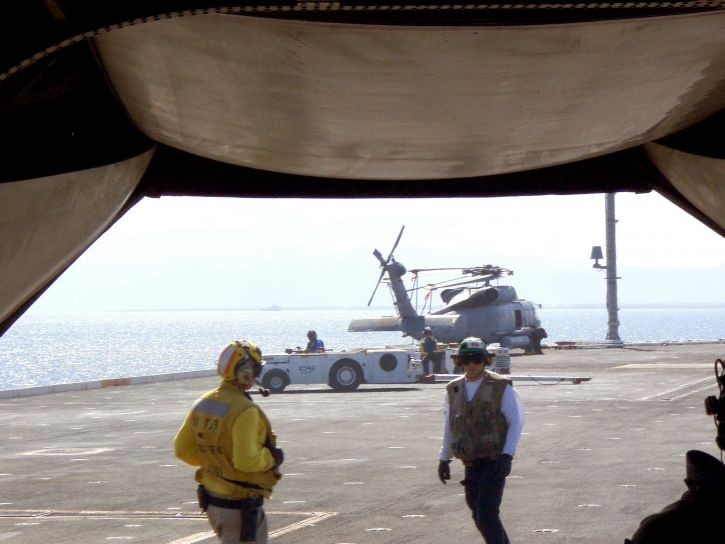 transport, plane, carry, corpsmen, deck