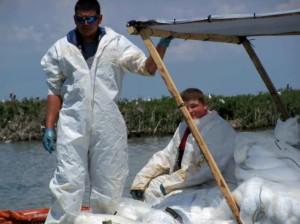 travailleurs, bateau, costumes blancs