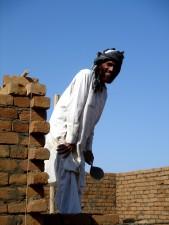 radnik, gradi, sud, Afghanistans, Nangarhar, pokrajina