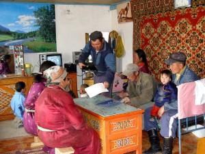 members, herder, cooperative, Mazar, Bayan, Hangai, discuss, restoration
