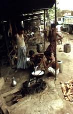 Bengali, Männer, Kochen, Essen, unter, Markise, Obdach