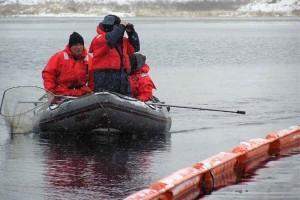 la búsqueda, la operación, la gente, Boath de rescate