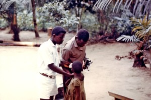 παιδί, εμβολιασμένα, ευλογιά, ιλαρά, ανακούφιση, στρατόπεδο, Νιγηρία