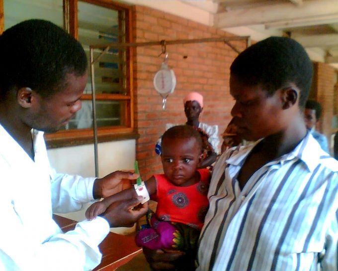 far, Malawi, ser, førstehånds, suksess, ernæring, program, behandle, datter