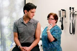 intradermale, influenza, virus vaccin, man, kliniek, patiënt, patiënten, schouder