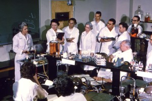laboratory, personnel, doctors, working