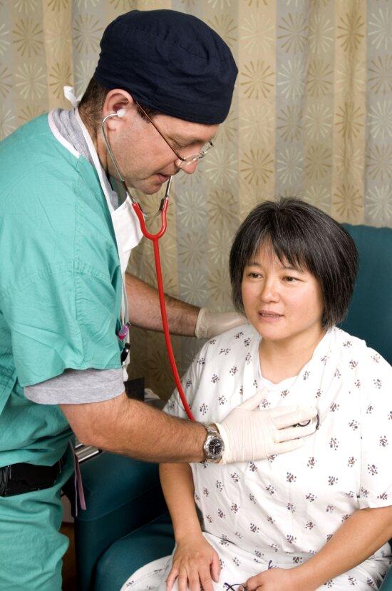 Stéthoscope, docteur, entendre, sons, les patients, le corps, la respiration, des sons