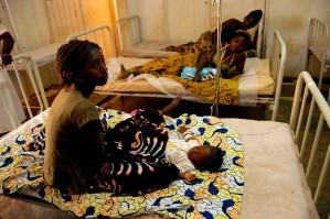 women, wait, sick, babies, receive, treatment, municipal, hospital