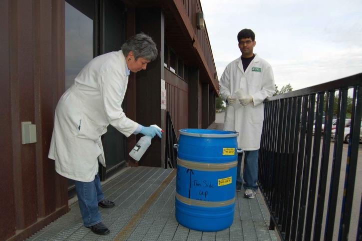 scientifiques, laboratoire, examinateurs