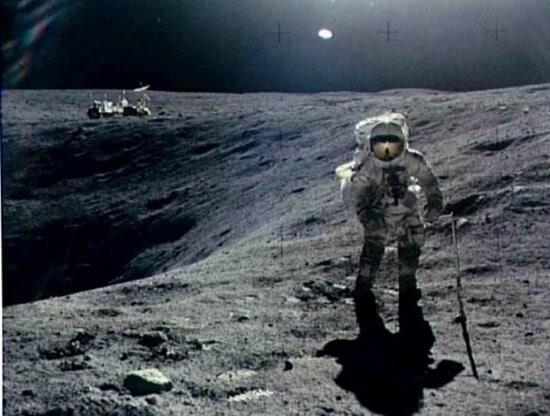 første mann, månen, turgåing, månen