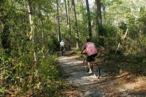 Байкери, неквапливо, велосипед