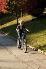 jong meisje, rijden, fiets