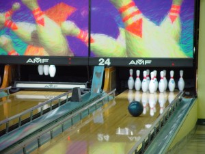 bowling, ball, looking, good, strike