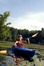 kayaking, lily, pad, covered, lake, Georgia, sunny, morning