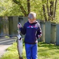 малко, момче, големи, риба