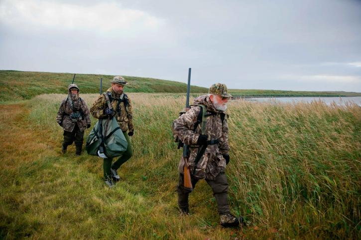 Grup, ördek, avcılar, göl