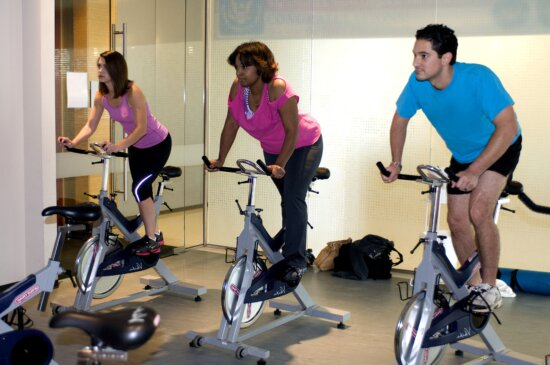 Chạy xe đạp, làm việc, Phòng tập thể dục