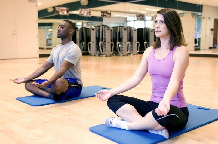 méditation, yoga, classe