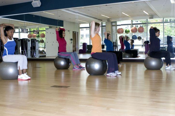 física, la actividad, la semana, con la salud aeróbica, muscular, fortalecimiento
