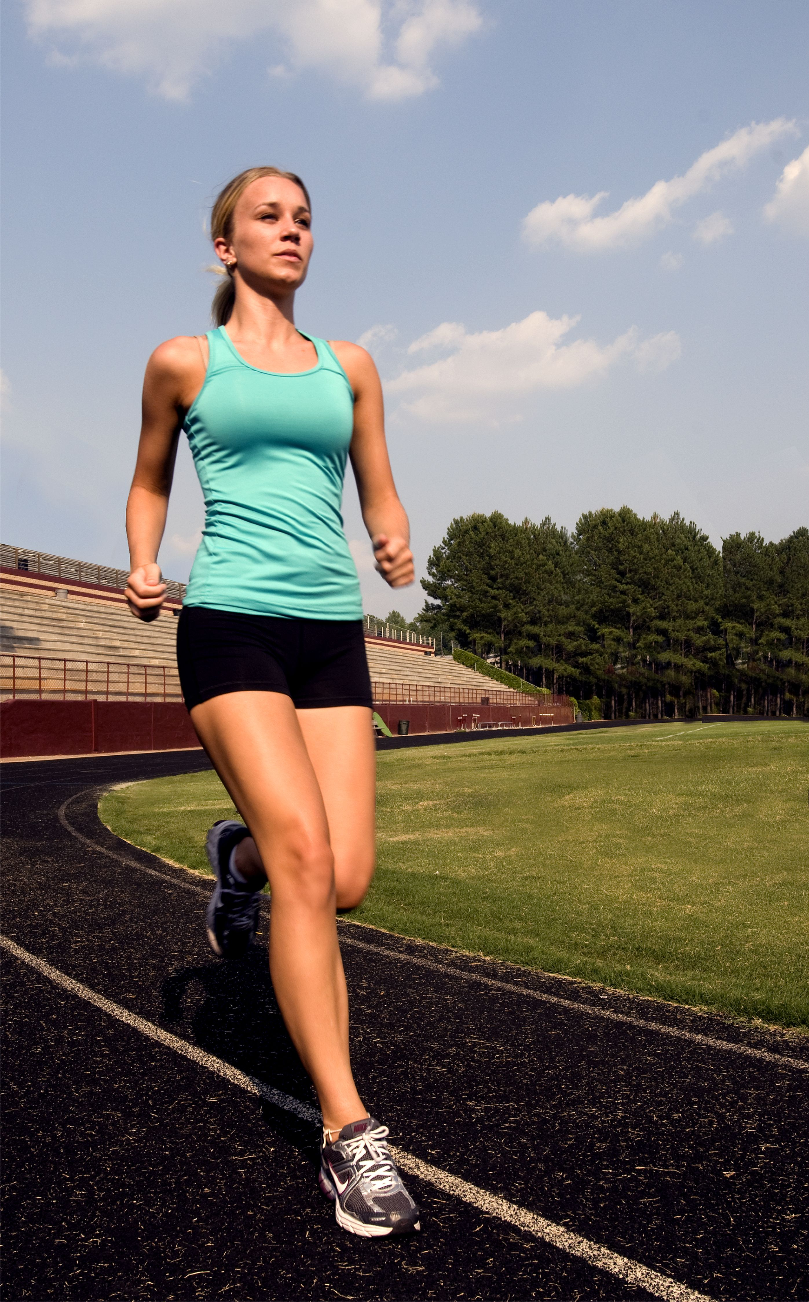 Free photograph; young, woman, photographed, stride, morning, jogging