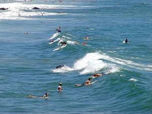 surferi, vlny, surfovanie, oceán