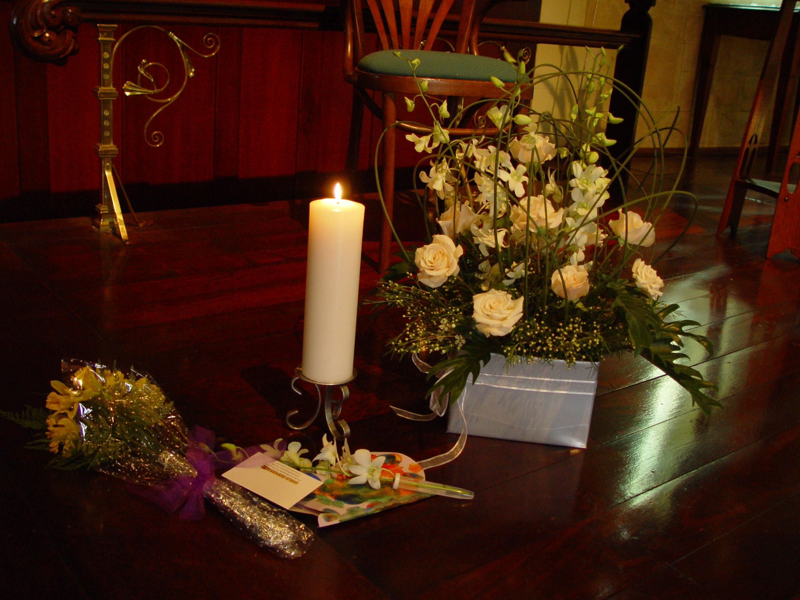 Free Picture Candle Flowers Wooden Floor