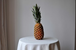pineapple, table