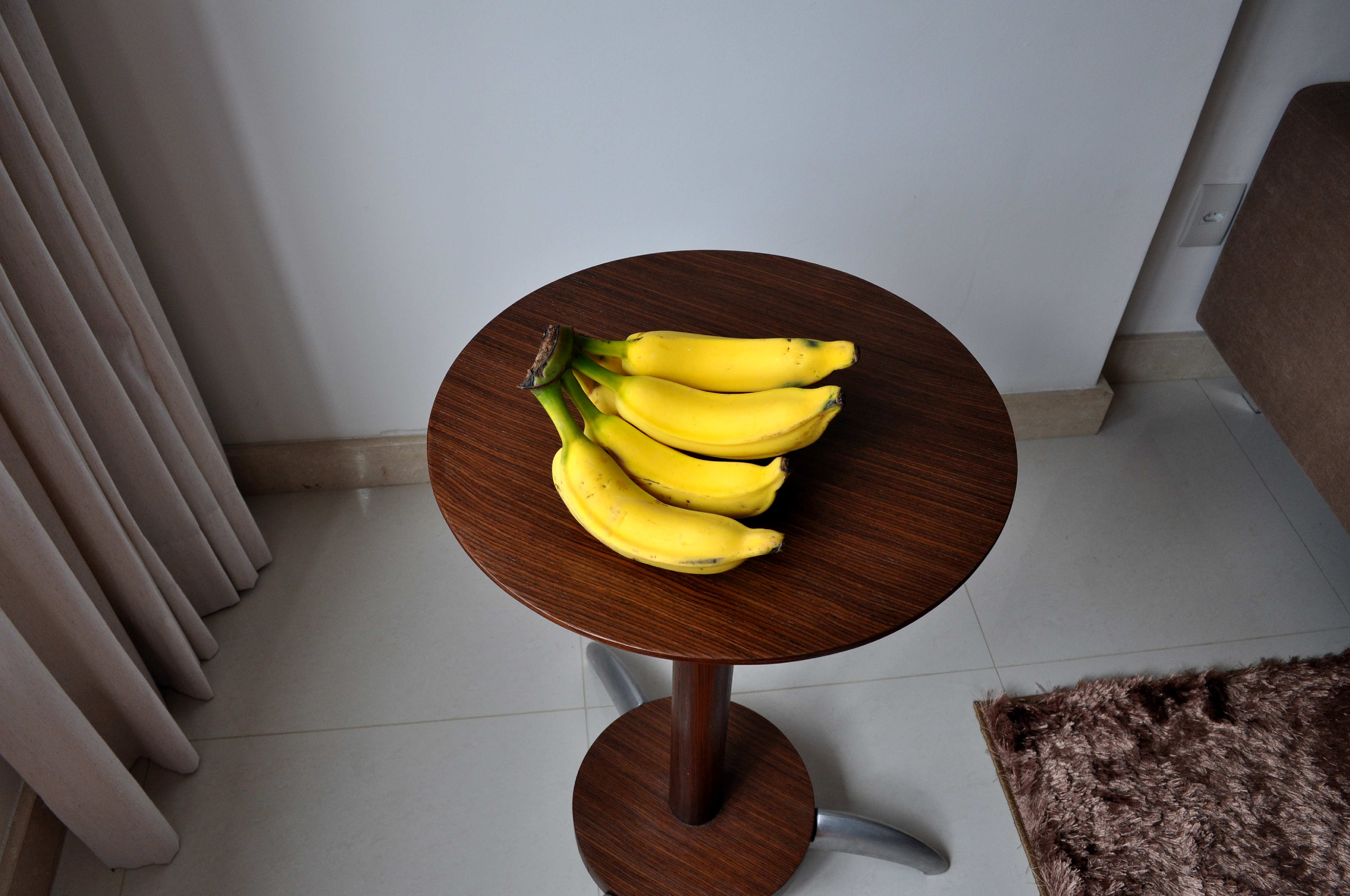 Free photograph; several, fresh, banana, table, living, room
