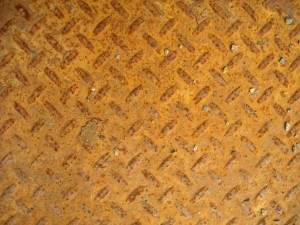 tread-metal-rusty-300x225.jpg
