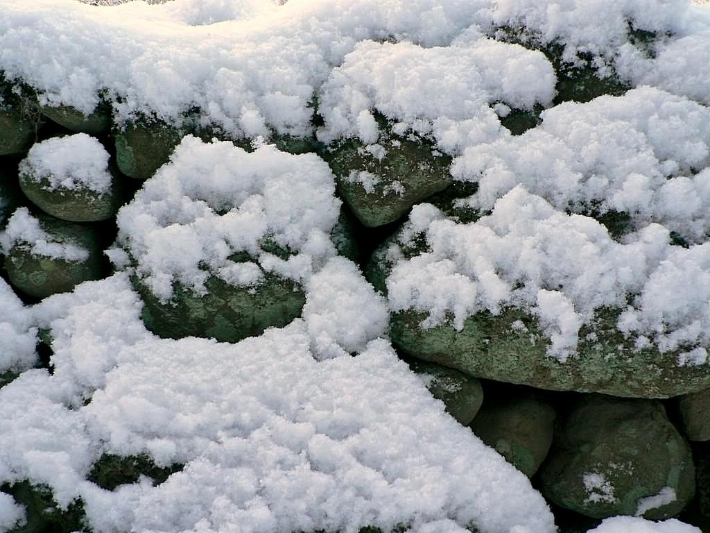 free picture powder snow stone wall