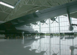 Flugzeug, Hangar